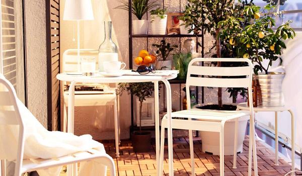 ¿Cómo decorar un balcón pequeño?